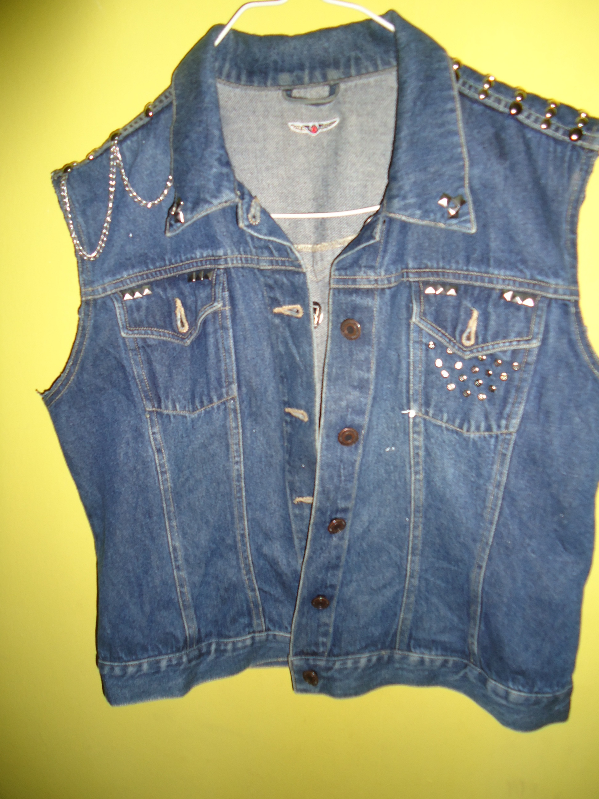 how to add sleeves to a denim vest